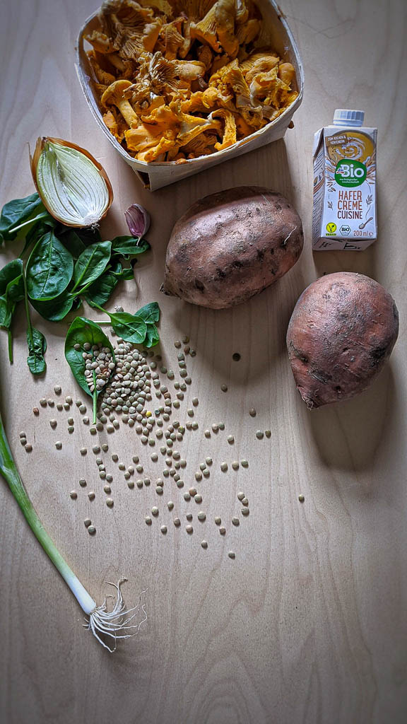 Ingredients for the stuffed sweet potato recipe